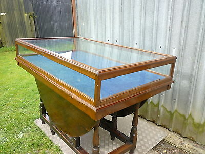 MUSEUM or GALLERY DISPLAY CABINET. Glass & Mahogany. Early 20thC