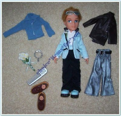 BRATZ MGA BOYZ DOLL CAMERON FORMAL FUNK 2003 ORIGINAL CLOTHING and ACCESSORIES