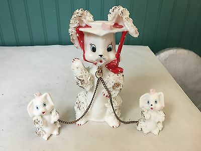 Royal Sealy Spaghetti Cat With 2 Chained Kittens