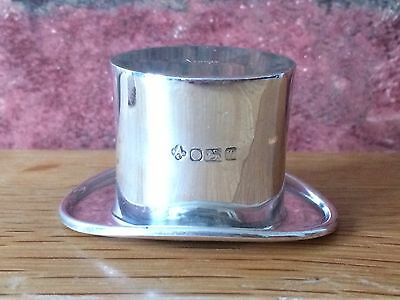 Superb Asprey Vintage Novelty Top Hat Sterling Silver Spirit Measure Stirrup Cup