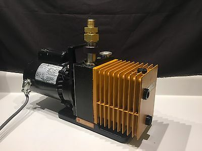 Alcatel 2004A Dual Stage Rotary Vane Vacuum Pump Tested