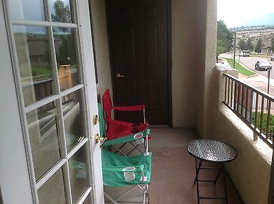 Condo-- 2BR, 2BA -- 1,084 sq. ft. 2nd story in gated community with mtn views