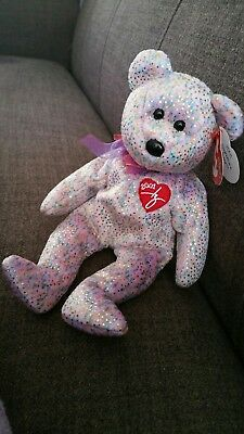 TY Beanie Babies. 2001 Signature Bear. Mint Condition.