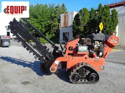 2011 Ditch Witch RT12 Trencher - Rubber Tracks - Briggs and Stratton Engine