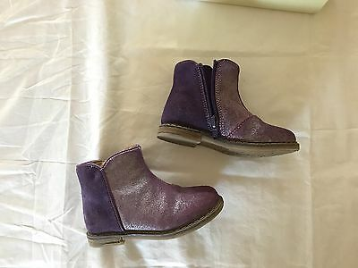 Tucker+Tate toddler girls boots size 8, Lilac shimmer