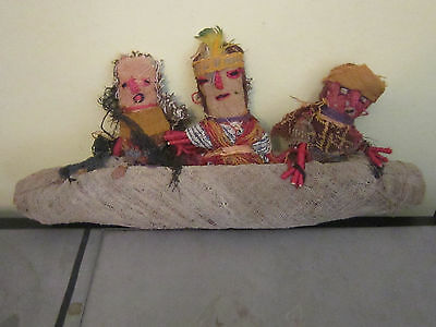 Ancient textiles Peruvian SPIRIT dolls Family  in Canoe  CHANCAY PERU