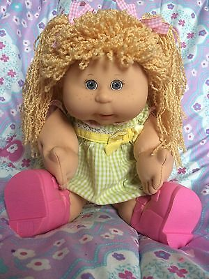 Cabbage Patch Kid Play Along Freckles Girl~ Original Outfit~ Birth Certificate