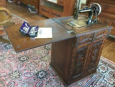 Antique 1908 New Home Treadle Sewing Machine W/ Quarter Sawn Oak Cabinet