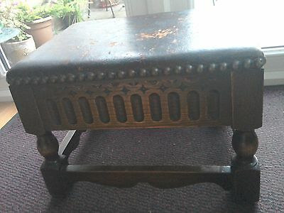 Antique late 19th century leather topped oak foot stool.