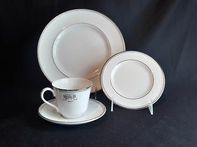 Royal Doulton Oxford Platinum TC1227  4 Pc Place Setting Cup Bread Dinner