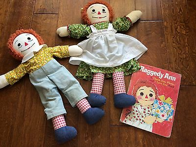 Vintage 1970  unique raggedy ann and andy with green clothing,25 inch,1978 book