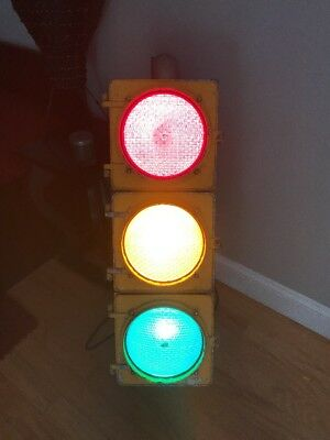 REAL Working Traffic Light LED LENS Metal WIRED