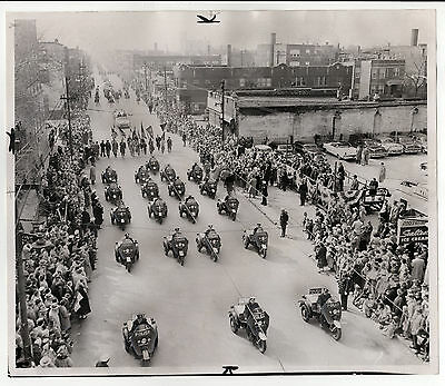 31x26cm Vintage Archiv Foto 1957 Chicago Sun Times Motorrad Parade Irish photo