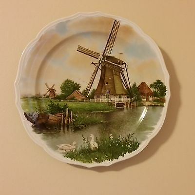 ROYAL SCHWABAP Enter-Holland Hand Decorated Collector Plate