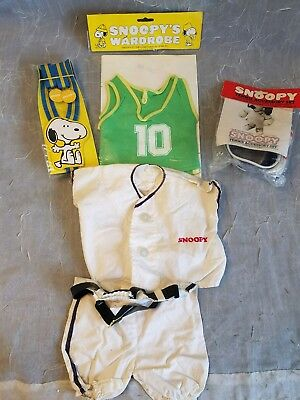 2 NIP Vintage Snoopy Outfit Wardrobe Clothes & 2 Out Of Package Articles