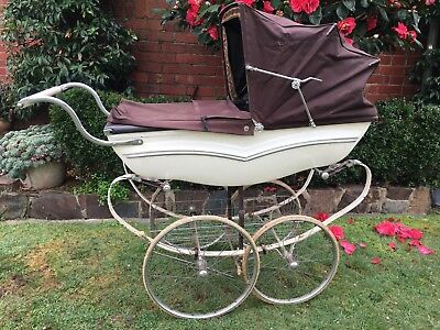 Old Vintage * Silver Cross * Coach Pram
