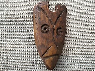 Very Rare indeed bone Viking Zoomphoric pendant found in Yorvick/York 1965 L31L