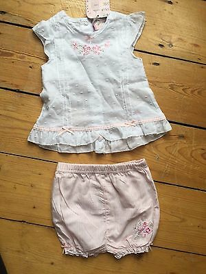 BNWT Chloe Louise baby girl summer outfit: floral blouse and bloomer shorts 3-6M