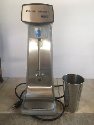 Waring Commercial Heavy-Duty 2 Speed Drink Mixer DMC20 plus 1 cup Barely use !