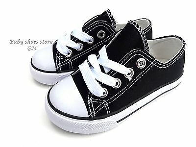 New toddler boys or girls lace up black sneakers tennis canvas shoes size 6-10