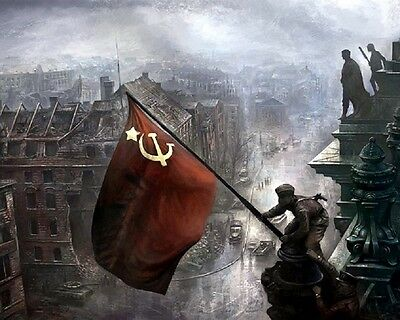 Russian Soldiers raising Soviet flag over Berlin 8x10 WW2 WWII Color Photo 636