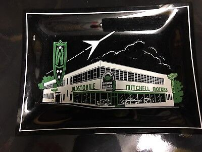 Olds Smoked Glass Automobile Dealership Ash Tray - Bowens Oldsmobile