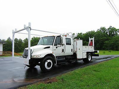 2005 International 4300 Vt365 Crew Cab Service Body/ Cab And Chassis