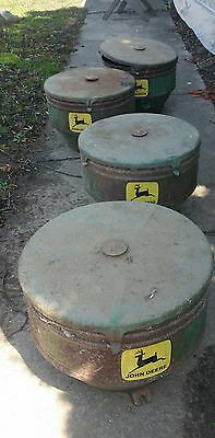 (1) John Deere 495, 494A, 494 planter seed hopper with lid and seed level plate.