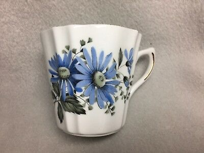 Royal Dover Bone China England Cup With Blue Flowers Daisy