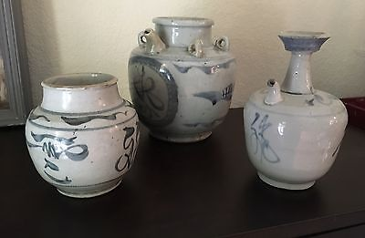 Antique Chinese Pot Blue & White Grey mid Qing Dynasty 1800's