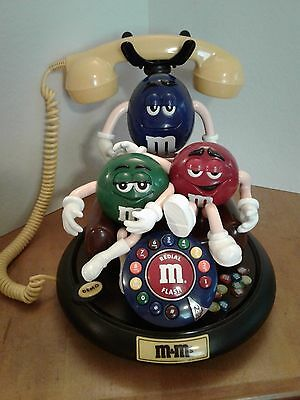 M&M  ANIMATED TALKING TELEPHONE  Collectible Phone Vibrant colors