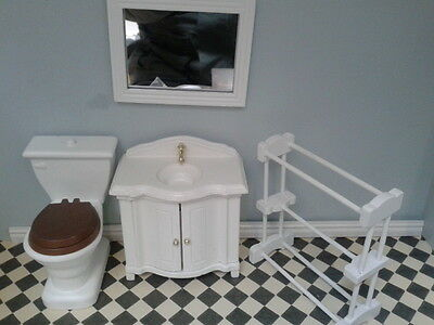 Dolls House Miniatures 1/12th Scale Wooden Cloakroom Set New