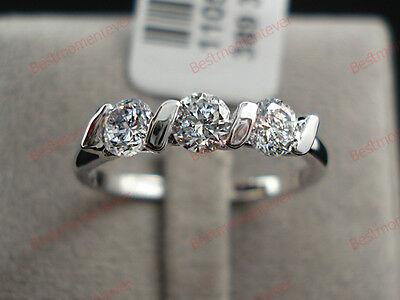 18K White gold 0.75 ct Round cut Diamond Three stone Ring FREE PP