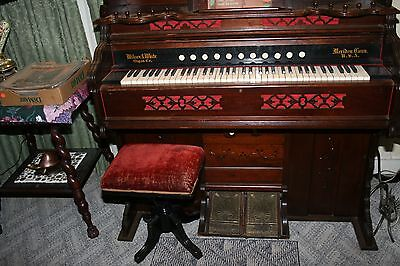 Whites and wilcox Pump Organ