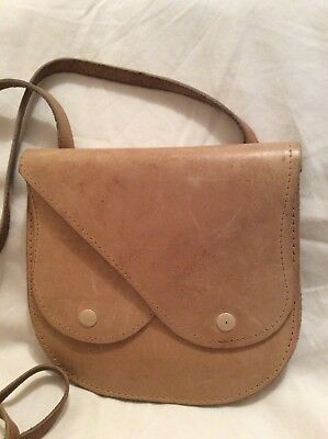 Leather Shoulder Bag Vintage Cream / Light Tan Colour Bag