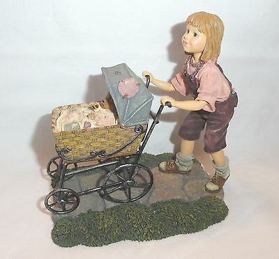 Boyds Bears Dollstone Collection 1999 Casey Baxter Afternoon Stroll  3557