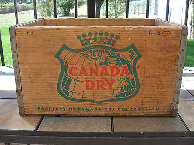 Vintage 1959 Canada Dry Wood Wooden Soda Pop Crate