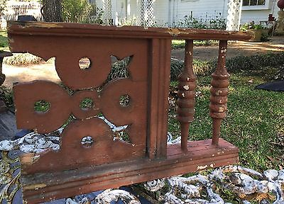 ANTIQUE RAILING w  2 BALUSTERS Shabby 1800 ARCHITECTURAL SALVAGE VICTORIAN 21""