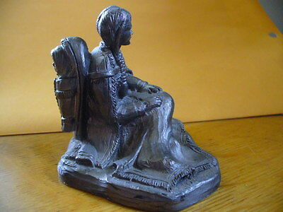 Beautiful Detailed Pewter Sitting Indian Woman Papoose Blanket Figurine Usa Made