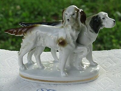 Vintage Erphila /Germany / hunting dogs Figurine / EXCELLENT!   red mark