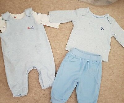 baby boy M&S outfits 0-3 months