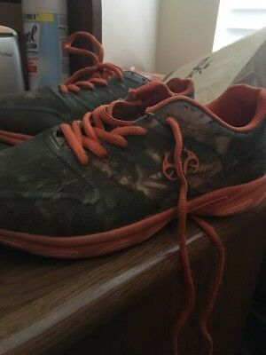 Realtree Outfitters Boys Shoes Size 3 Cobra Jr Camouflage And Orange Shoes