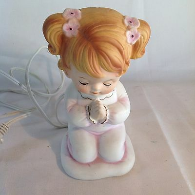Vintage Lefton Girl With Pigtails In Pajamas Praying Night Light  06626