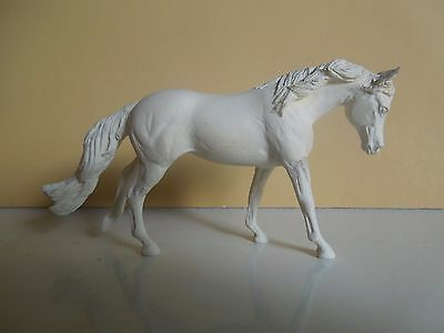 Unpainted Artist Resin Model Horse Pinata Stablemate Stock Mare