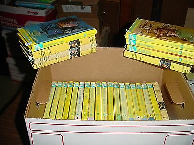 Choose 1 out of 27 Nancy Drew Books, Complete Your Lot