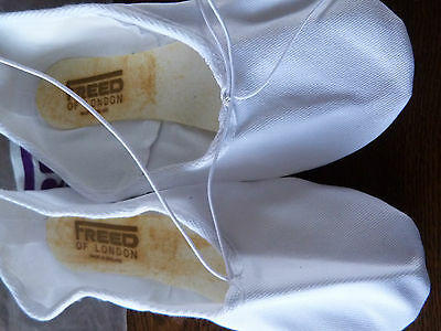 New Boys /  Mens full sole white canvas ballet/dance  shoes by Freed of London