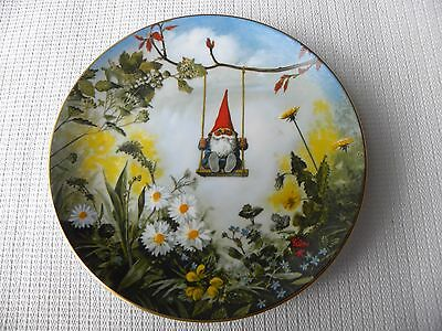 """Gnomes 4 Seasons ~ Spring """"little Swinger"""" By Poortvliet Collector Plate ~ #ed"""