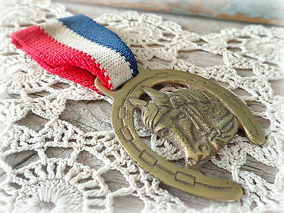 vintage 1920s horse medal equestrian award horse show race prize ribbon pin