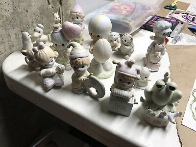 Precious Moments Lot Of 16, See Picture For Details