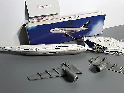 Continental Airlines Airbus A300 - 1/200 scale model